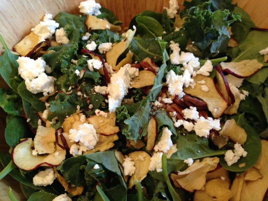 spinach-kale-and-apple-salad-recipe-2