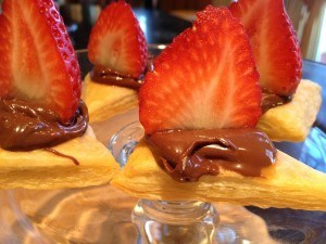 Strawberry Dessert Recipe with Puffed Pastry and Nutella